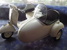 Newray 1/6 Scale  Vespa Piaggio W/ Sidecar Motorcycle Scooter