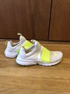 Nike Sneakers Youth Size 6