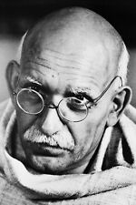 Ben Kingsley As Mohandas K. Gandhi In Gandhi 11x17 Mini Poster