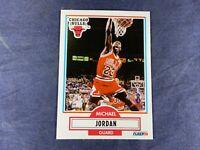 R4-94 BASKETBALL CARD - MICHAEL JORDAN CHICAGO BULLS - 1990 FLEER - #26
