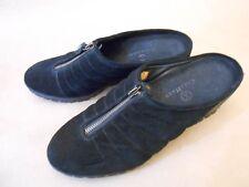 COLE HAAN Women NEW MISMATCHED PAIR Suede Slides Shoes Black Size 7/6 B
