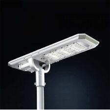 Lampione led stradale con pannello fotovoltaico a energia solare illuminazione