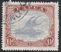 PNG986) Papua 1916-31 Bi-coloured Lakatois 1½d Pale grey-blue & brown variety