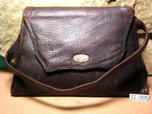 1910's Small OLD Ladies Rare Leather Purse Hand Bag 3 Compartments & Needles