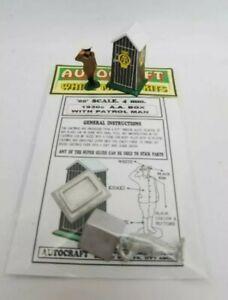 OO GAUGE 1930s AA BOX & PATROL MAN 1/76 4MM METAL & CARD MODEL KIT