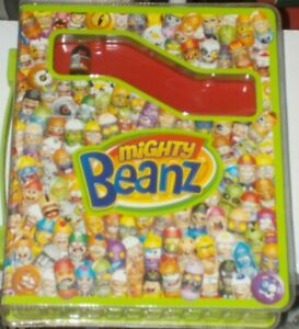 Moose 2010 Mighty Beanz Album with 22 beans [Numbered between 236 - 322]