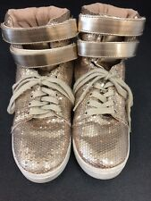 REALLY CUTE!!! Women's Qupid GOLD sequined sneakers size 7 Wide