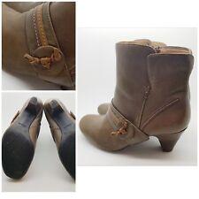 Clarks Softwear Ankle Boots Brown Leather Kitten Heel Zipped UK 5.5E