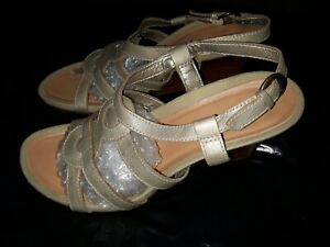 Clarks Soft Leather Wedge Sandals Size 6 (39)