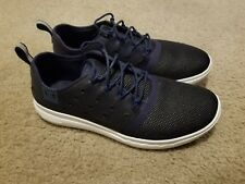 under armor CHARGED shoes men 8 navy/white/silver