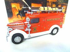 MATCHBOX YESTERYEARS 1937 GMC RESCUE SQUAD FIRE ENGINE YFE10   [BOXED]