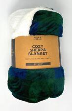 """FIELD & STREAM Cozy Buffalo Sherpa Blanket - Blue & Green - 50"""" x 60"""" Brand new"""