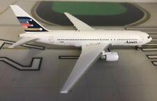 Ansett Boeing 767-200 VH-RMF 1980s colors 1/400 scale diecast Aeroclassics