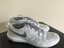 554839f5257 Women s NIKE Free TR Focus Flyknit training fashion shoes - Size 9.5