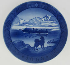 More details for 1968 royal copenhagen christmas plate, 'the last umiak', one of several listed