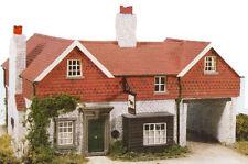 WILLS CK13 OO Scale Black Horse Inn