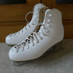 Risport Ice Skates White Leather Girls UK 3 or 4 Made In Italy Plus Bag & Guards