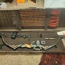 The Martin Archery PRO-SERIES FIRECAT Compound Bow With Case And LOTS of extras!