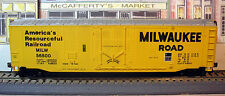 ATHEARN - MILWAUKEE ROAD - 50 FT PLUG DOOR REEFER BOX CAR - MILW 56500 -HO SCALE