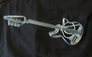 "Wire Metal Art Guitar G Clef 7"" T X 3"" D Sculpture Great For Desk"