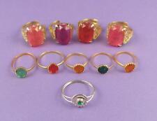 Selezione di 10 VINTAGE c1960s toy rings-OLD inutilizzati STOCK LOTTO C