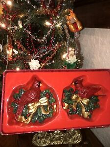 2 VTG Artmark CARDINAL Christmas Tree Ornaments~ Beautiful, Bright, Birds!