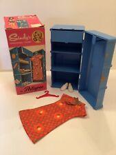 1968 Pedigree Sindy Doll HTF 'Travel Trunk'' & Accessories. (Ref.12SA14)