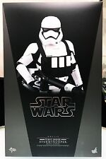 Hot Toys Star Wars 1/6 The Force Awakens First Order Heavy Gunner Stormtrooper