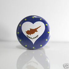 2 Badges Europe [25mm] PIN BACK BUTTON EPINGLE  Chypre