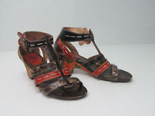 CORKYS SI LUCIA Leather Sandals Patchwork Floral T-Strap Size WOMEN'S 7 M