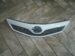 2012-2014 Toyota Camry Front Grille Assembly