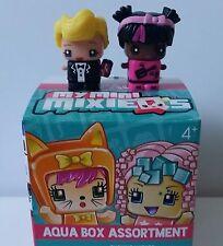 Black Tie Boy & Pink Rocker MY MINI MIXIEQ'S MIXIE Q'S Aqua Box Figure Set