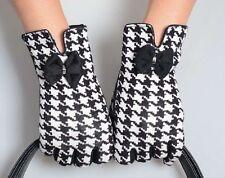 Black White Stylish Houndstooth Female Gloves Warm Winter Mittens