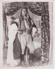 THE SHEIK (1921) Rudolph Valentino Full-Length Shot Showcasing His Costume 8x10