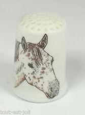dé à coudre en porcelaine avec un cheval ,thimble  *12