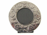 SILVER PORTRAIT PHOTO FRAME.  HALLMARKED SILVER SMALL ROUND PICTURE FRAME
