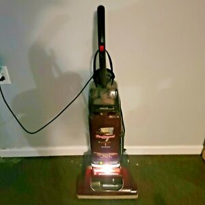 Hoover Supreme WindTunnel U5445-900 Vacuum with Accessories.No Hose.