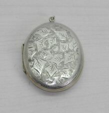 VICTORIAN ENGLISH ENGRAVE OVAL SILVER LOCKET. SIGNED