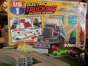 Tyco US1 Electric Trucking Big City Set Racetrack Tested Working Vintage Slot
