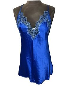 VICTORIA'S SECRET RoYal Blue NEGLIGEE SLIP DRESS w/ Lace edge sz Medium Nwot