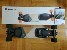BOOSTED BOARD VERSION 3 SKATEBOARD WITH EXTRAS