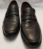 Banana Republic Mens Size 8.5 M penny loafer all leather construction.