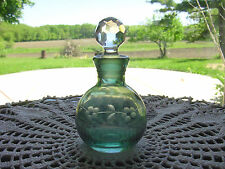 Vintage? Green Etched FLoWeRs ArT GLaSs Perfume Bottle~Faceted Crystal Stopper