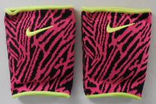 Nike Unisex Essential Graphic Knee Pads 1 Pair Size M/L Black/Hyper Pink/Volt