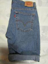 "Levis Strauss Classic Capri Shorts Size 8 Womens Blue Denim Jeans 32"" Waist"