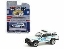 NYPD 1997 Jeep Cherokee - New York City POLICE ** Greenlight Pursuit 1:64 NEU