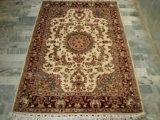 Sarafian Floral Hand Knotted Rug Wool Silk Carpet (6 x 4)'
