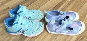 Lot of 2 Pairs Of Toddler Girls Shoes Sneakers New Balance & Cat & Jack Sz 7