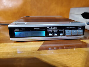 Technics XP-7 Portable CD Player with Lighted Display in Excell. restored cond.