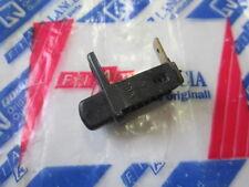 Tasto luce cassetto portaoggetti  7742531 Lancia Delta LX, HF, GT.  [3608.16]
